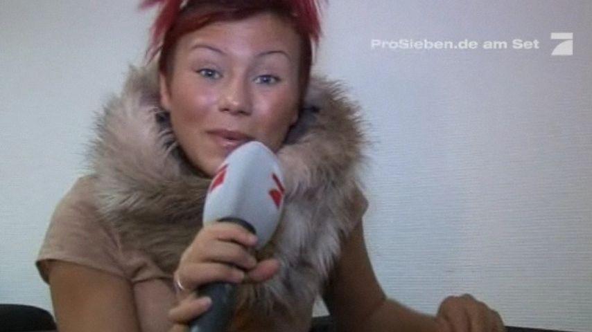 Popstars-Esra aufgeregt: Sie verhaut die Töne!