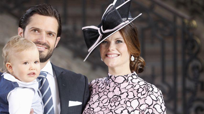 Prinz Carl Philip und Prinzessin Sofia mit ihrem Sohn Alexander, 2017
