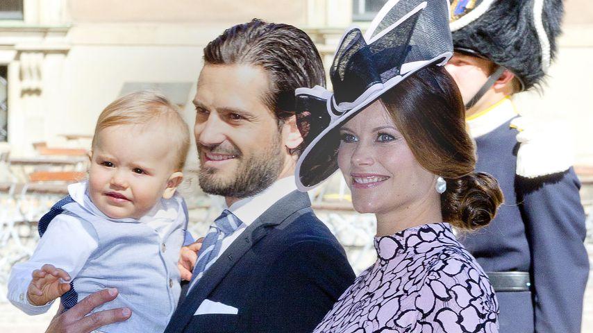 Prinz Carl Philip und Prinzessin Sofia mit ihrem Sohn Alexander