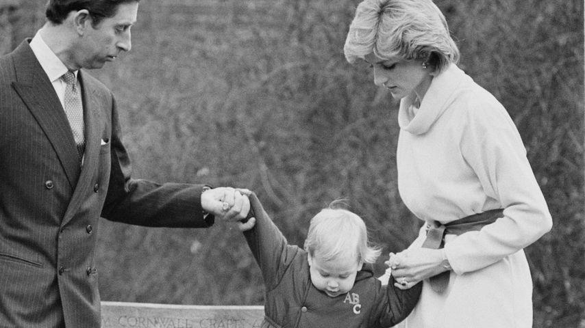 Prinz Charles, Prinz William und Prinzessin Diana in London im Dezember 1983