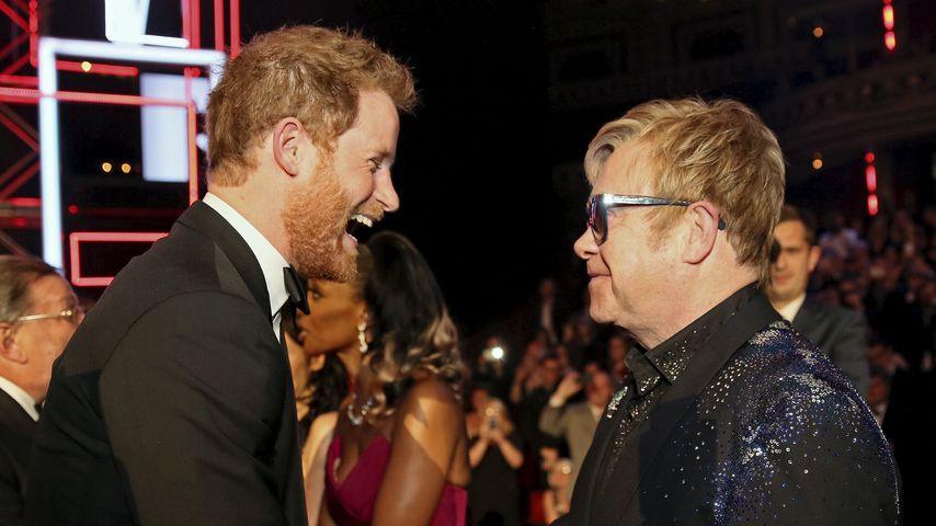 Unglaublich aber wahr: Elton John ist Vater!