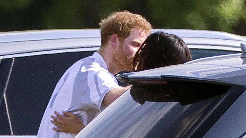 Mit Harry beim Polo: Meghan Markle knutscht ihren Prinzen!