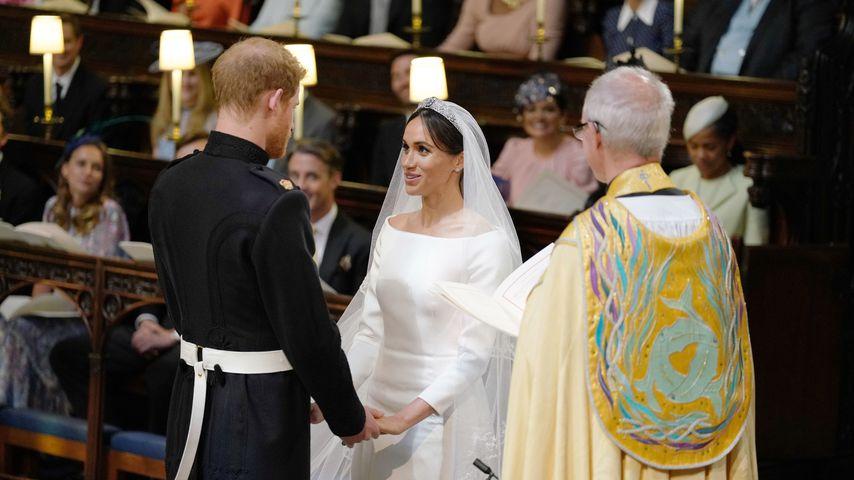 Prinz Harry und Herzogin Meghan vor dem Altar