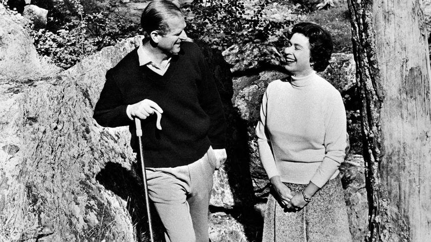 Prinz Philip und Queen Elizabeth II. auf ihrem Landwohnsitz Balmoral Castle 1972