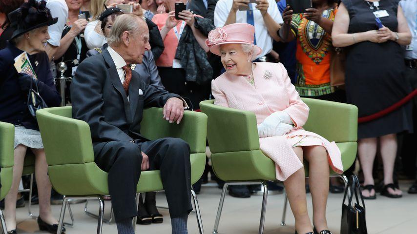 Prinz Philip und Queen Elizabeth besuchen ein Kinderkrankenhaus in Liverpool, 2016