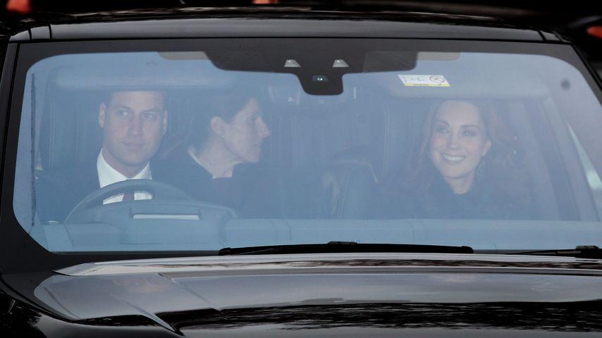 Prinz William und Herzogin Kate mit ihrer Nanny Maria
