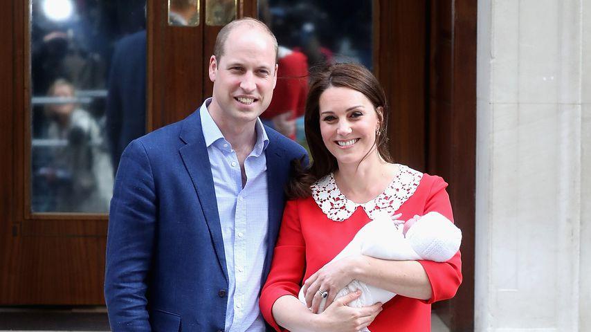 Prinz William und Herzogin Kate mit Prinz Louis