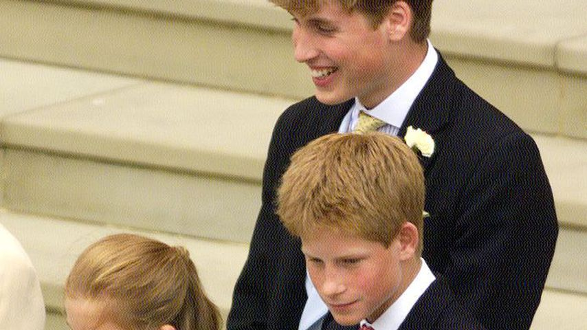 Prinz William und Prinz Harry vor der St. George's Chapel