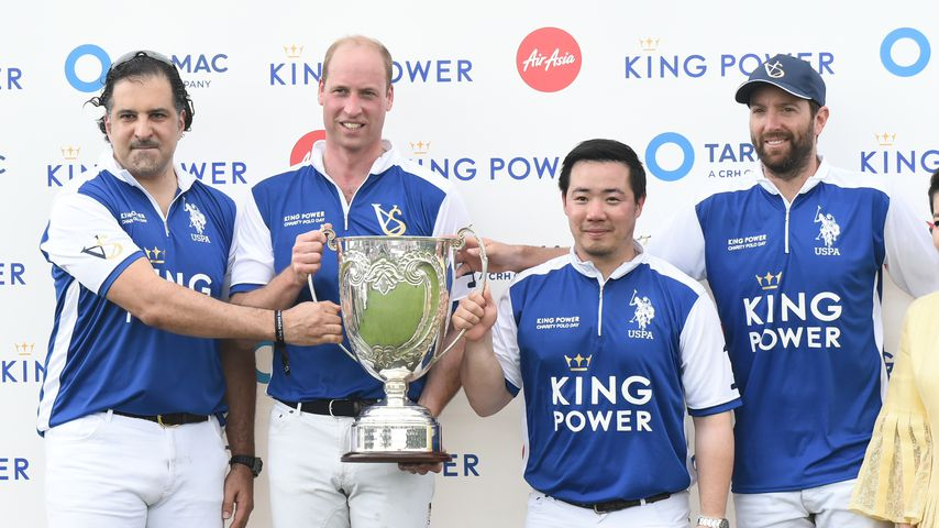 Pokal-Jubel: Prinz William besiegte Harry im Polo-Turnier