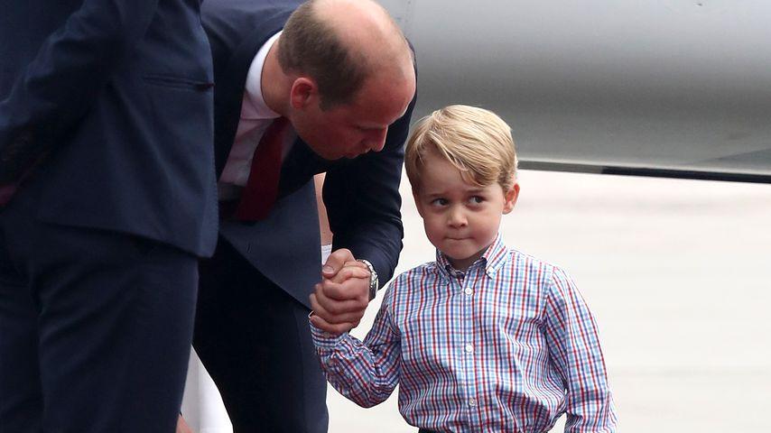 Prinz William und sein Sohn George am Flughafen in Warschau
