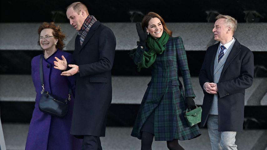Im Karo-Look: Herzogin Kate verzaubert an Williams Seite!