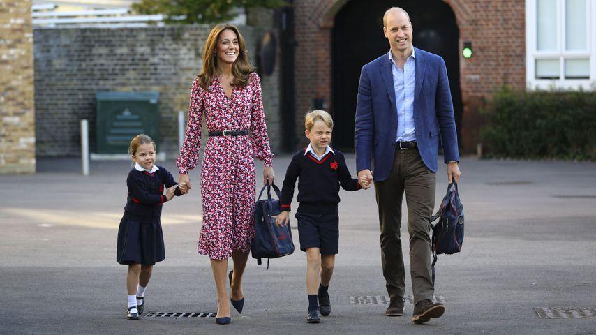 Prinzessin Charlotte, Herzogin Kate, Prinz George und Prinz William am ersten Schultag