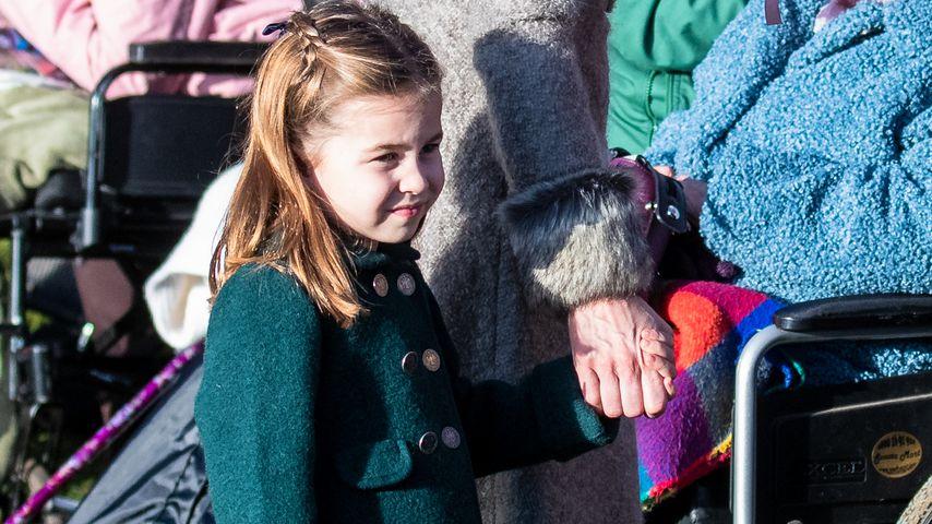 Princess Charming: Charlotte bezaubert bei Weihnachtsmesse