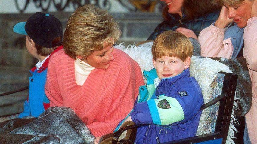 Prinzessin Diana mit Prinz William und Prinz Harry 1994
