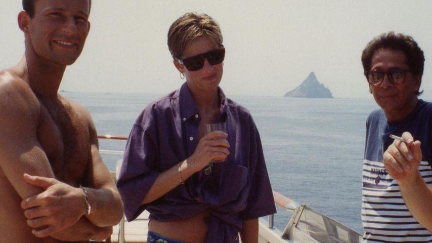 Bilder aufgetaucht: Hier posiert Prinzessin Diana im Bikini