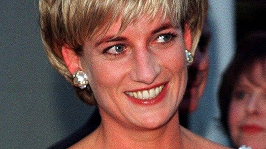 Mega-Gewinn: Prinzessin Dianas Kleider versteigert