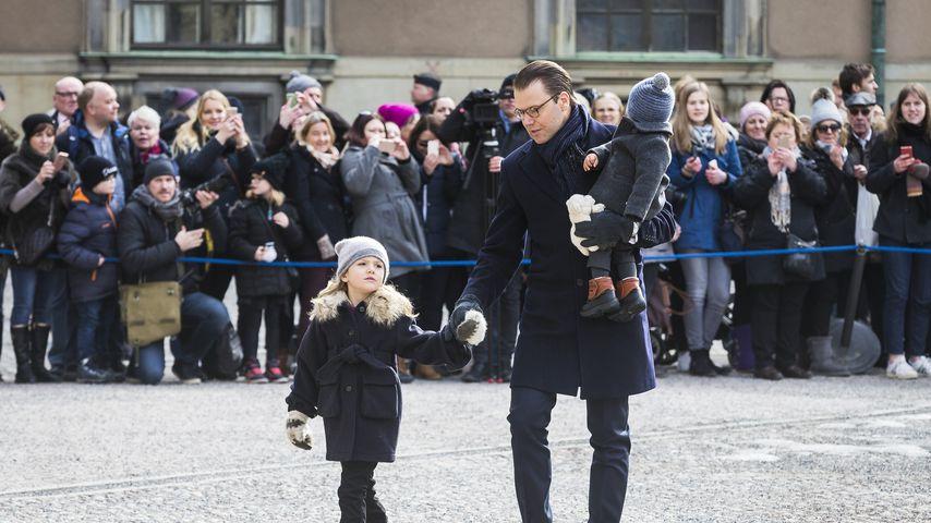 Mini-Royals ganz privat: Estelle und Oscar mit Papa auf Tour