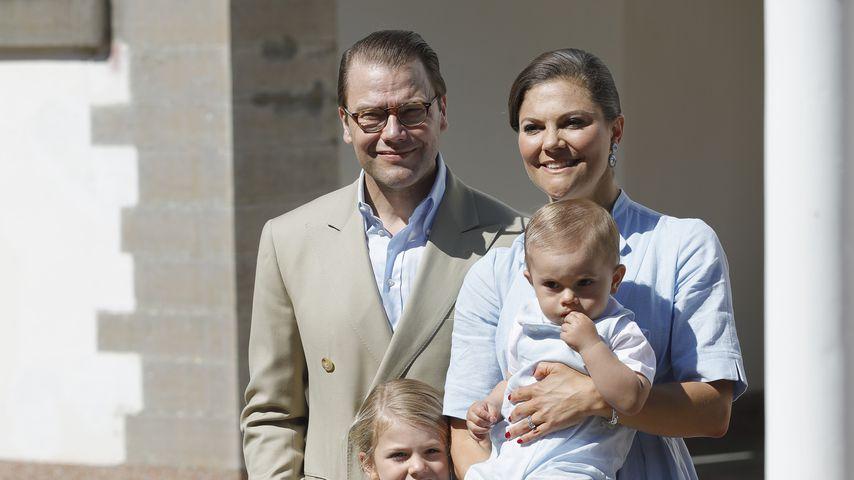 Prinzessin Estelle: Kuschel-Zeit mit Papa Daniel!