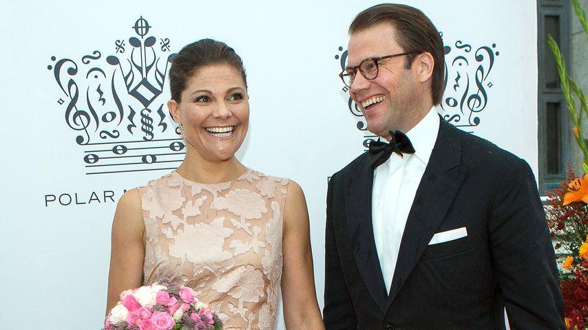So verliebt! Victoria & Daniel zeigen ihr Eheglück
