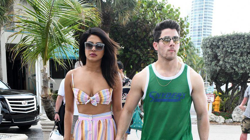 So verliebt: Priyanka und Nick turteln sich durch den Urlaub
