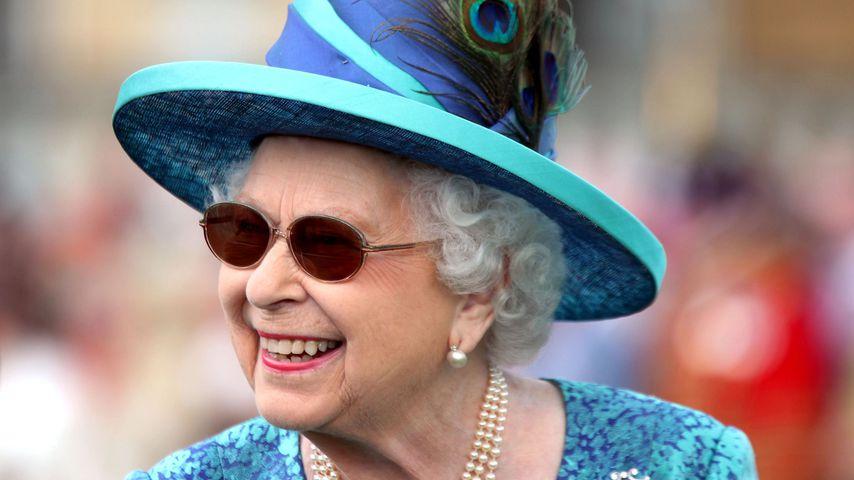 Keine Statik-Bodys: So vermeidet Queen Unterwäsche-Blitzer!