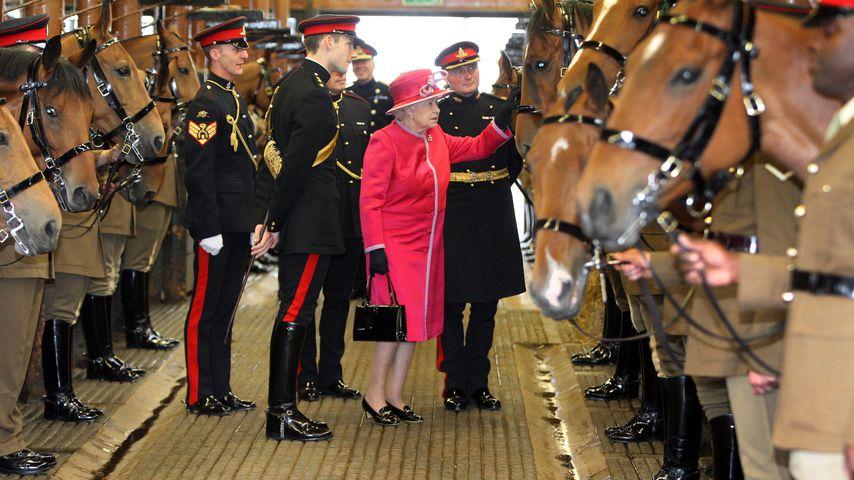 Queen Elizabeth II. im Juni 2011 in London