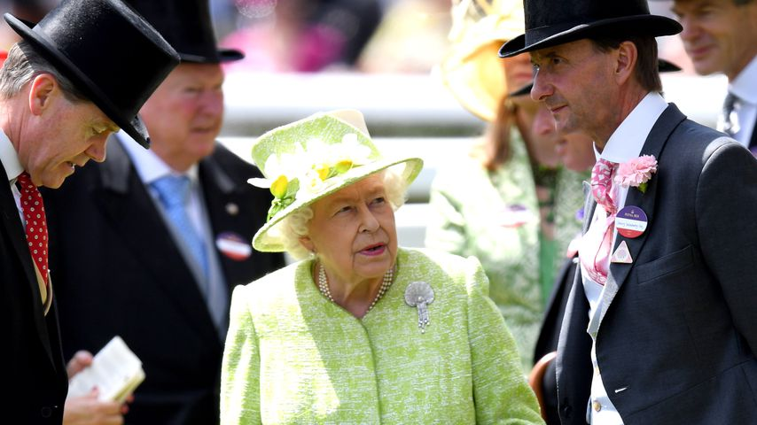 Queen Elizabeth II. beim Pferderennen im Juni 2019