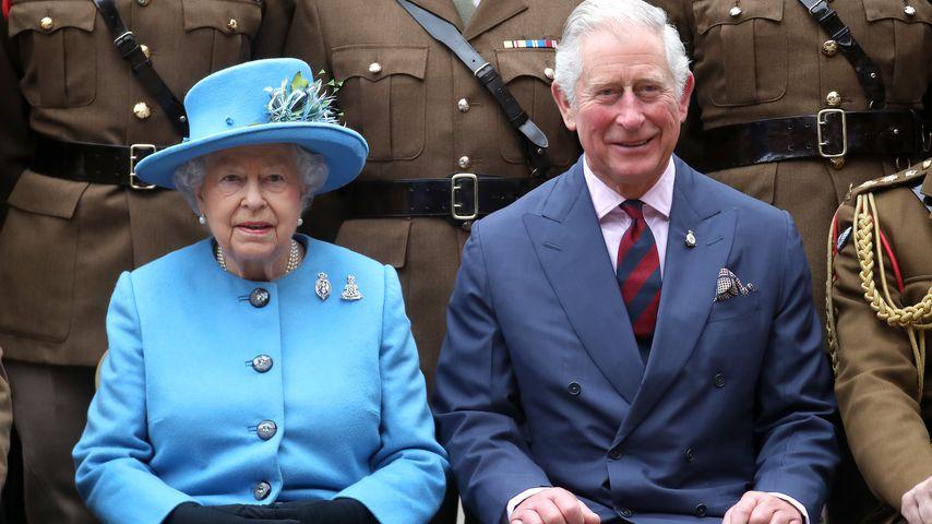 Queen Elizabeth II. und Prinz Charles