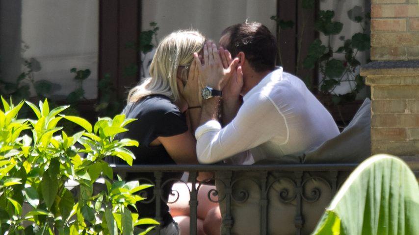 Heimliche Küsse: So verliebt ist Rafael van der Vaart!