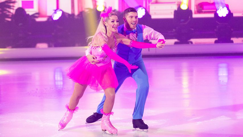 "Ramona Elsener und Joey Heindle bei ""Dancing on Ice"" im November 2019"