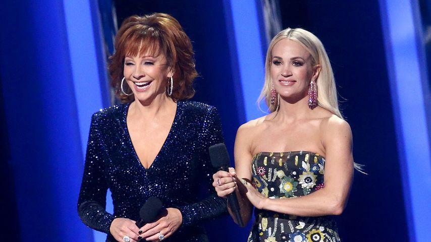 Reba McEntire und Carrie Underwood bei den CMA Awards, November 2019