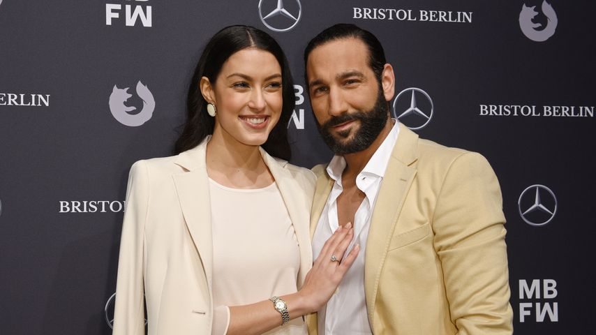 Rebecca Mir und Massimo Sinató bei der Mercedes-Benz Fashion Week in Berlin 2018