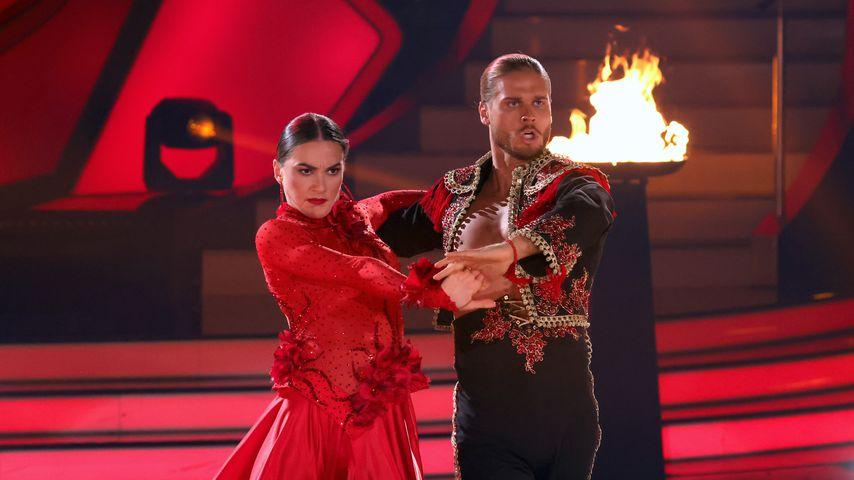"""Renata Lusin und Rúrik Gíslason bei """"Let's Dance"""""""