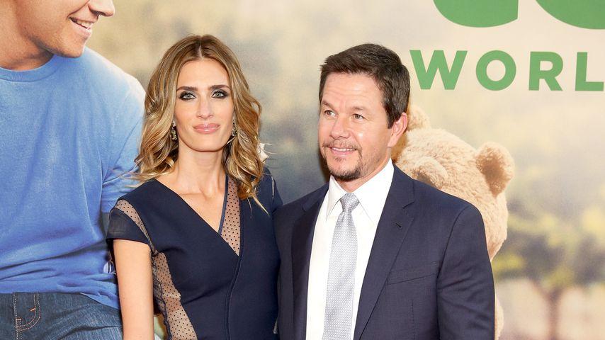 """Rhea Durham und Mark Wahlberg bei der Premiere von """"Ted 2"""""""