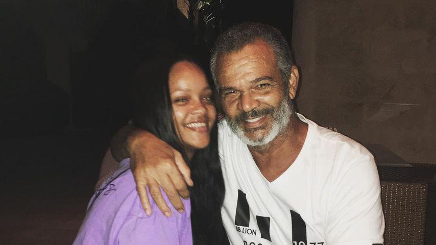 Sängerin Rihanna mit ihrem Vater Ronald Fenty