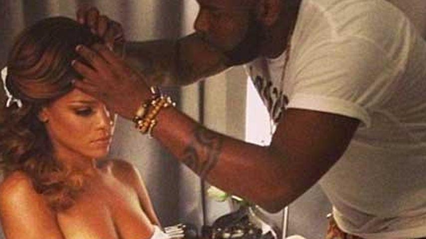 Wieder gesund? Rihanna zeigt sich oben ohne!