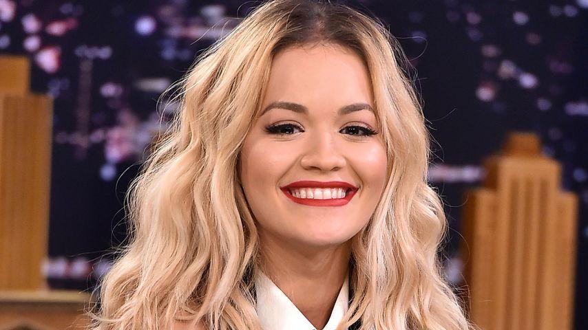 Happy Family: Rita Ora mit Ricky bei Papa Hilfiger