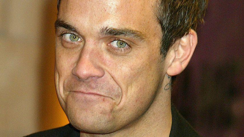 Robbie Williams, November 2004