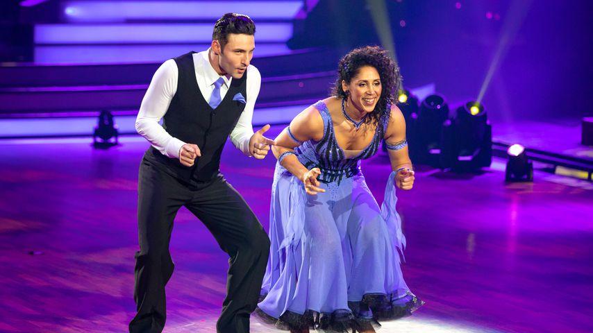 """Robert Beitsch und Steffi Jones in der ersten """"Let's Dance""""-Liveshow, Februar 2020"""