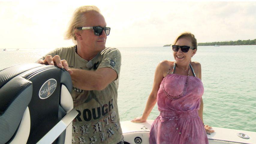 Robert und Carmen Geiss vor der Insel Martinique