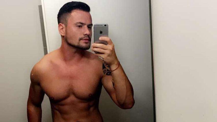 Von wegen Facebook-Aus: Rocco Stark bleibt weiter online!