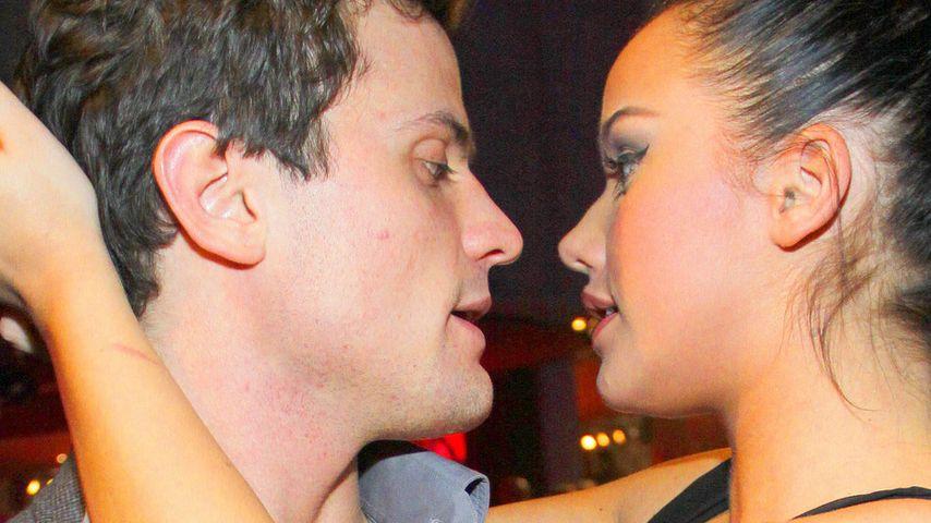 Kim sauer auf Rocco: Flirt mit sexy Klofrau