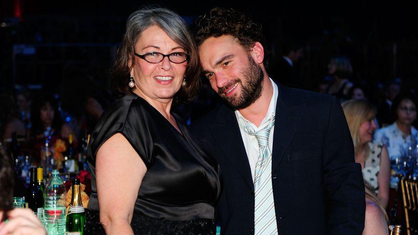 Roseanne Barr und Johnny Galecki