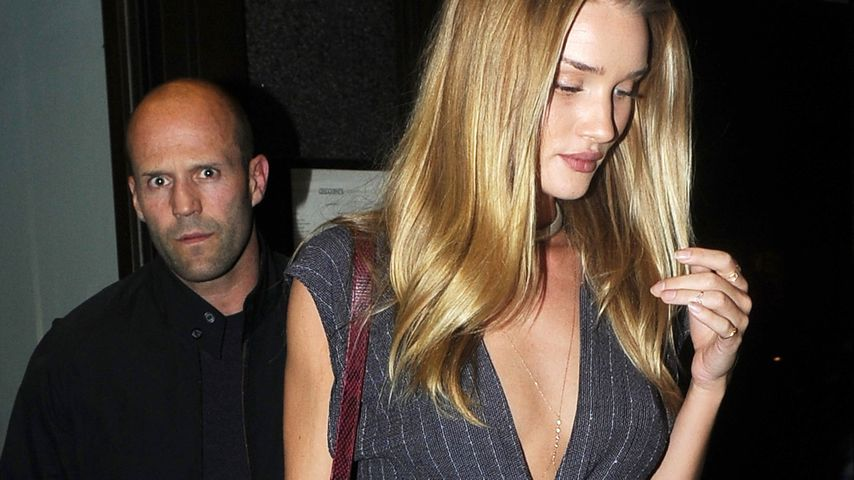 Rosie Huntington-Whitley: Bauchfrei zum Dinner