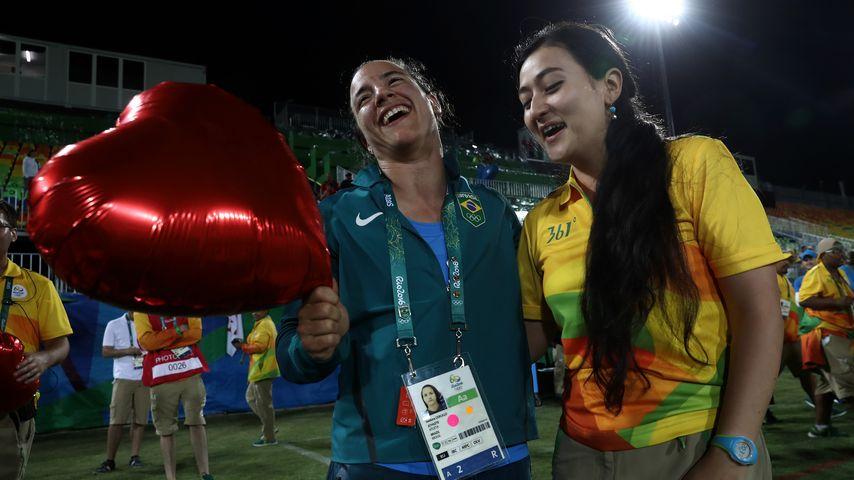 Rugby-Spielerin Isadora Cerullo und Marjorie Enya
