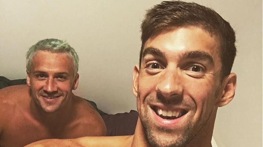 Die US-amerikanischen Schwimmer Ryan Lochte (hinten) & Michael Phelps (vorne) in Rio 2016