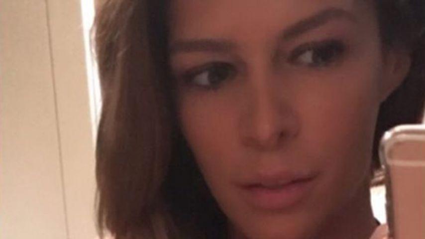 Sündiges Selfie: Sabia zeigt Mega-Dekolleté & Spitzen-BH!