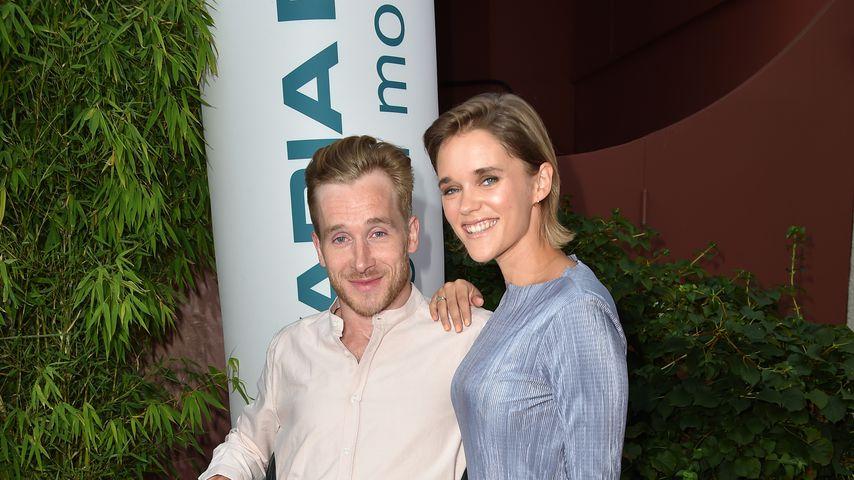 Verlobungs-Posts: Samuel Koch & Sarah im Glücks-Rausch