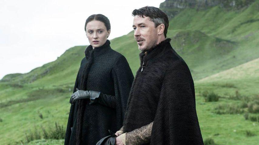 Sansa Stark (Sophie Turner) und Littlefinger (Aidan Gillen)