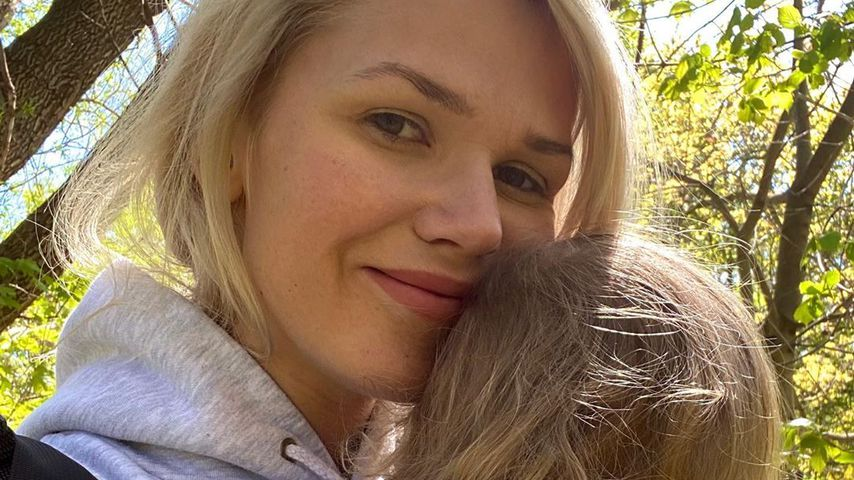 Sara Kulka und ihre Tochter im April 2020